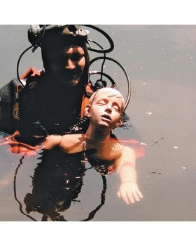 Genç Diriltme Fonksiyonlu (CPR) Suda Kurtarma Mankeni